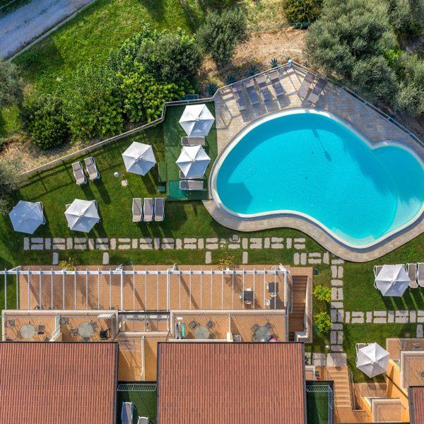 Residence con piscina Lago di Garda